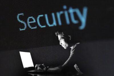 Oszustwo internetowe, czyli jak oszuści wykorzystują internet